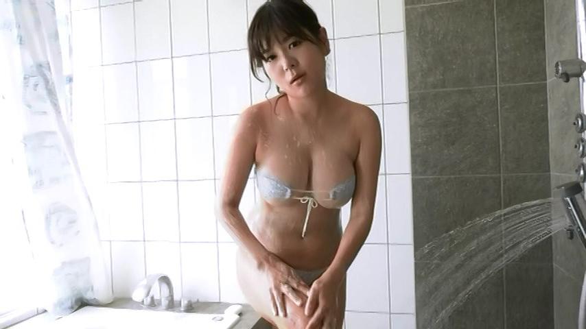 松川悠菜「ミルキー・グラマー」画像