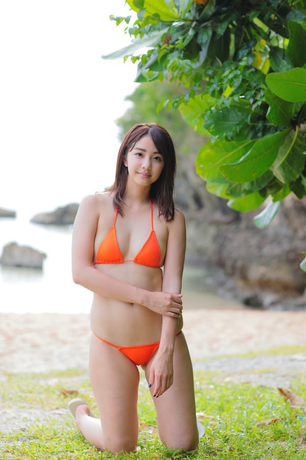 本郷杏 DVD 恥じらいアプリコット オレンジビキニ 画像